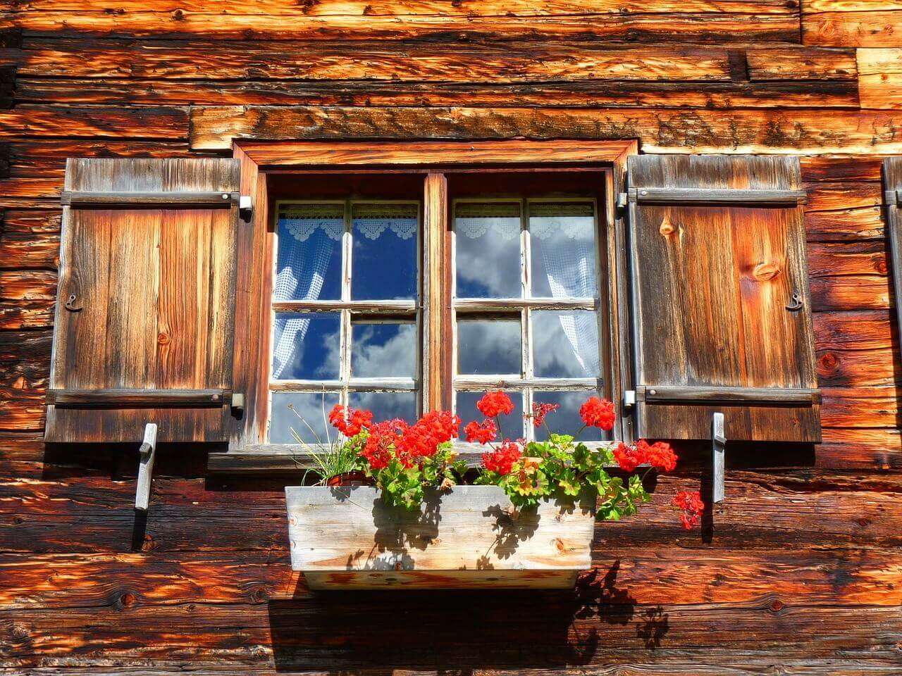 Les fenêtres en bois, le charme de l'ancien ?