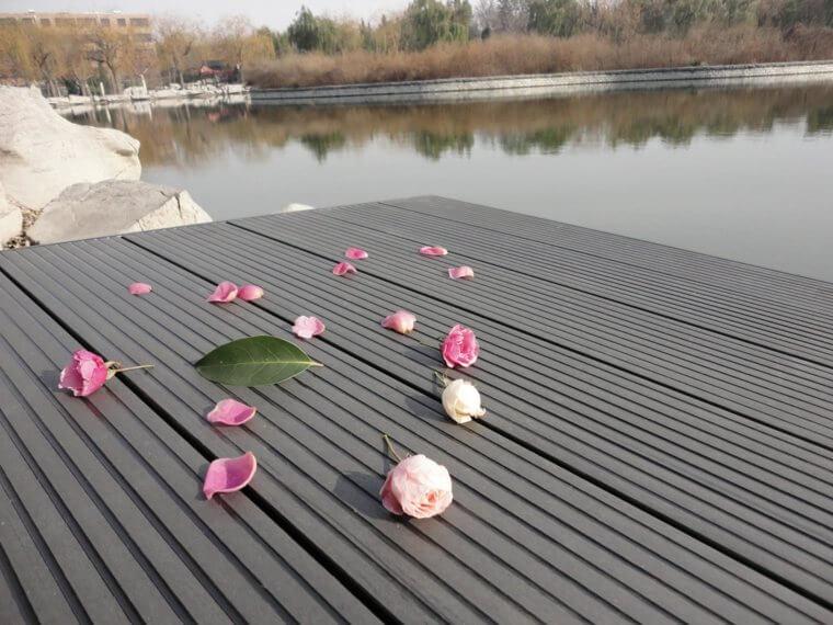 decking-gris-romantique-p1