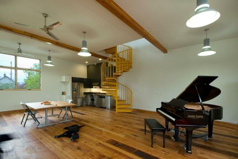 interieur-maison-bois-design-hammer-and-hand