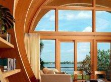 parement intérieur d'une maison en bois