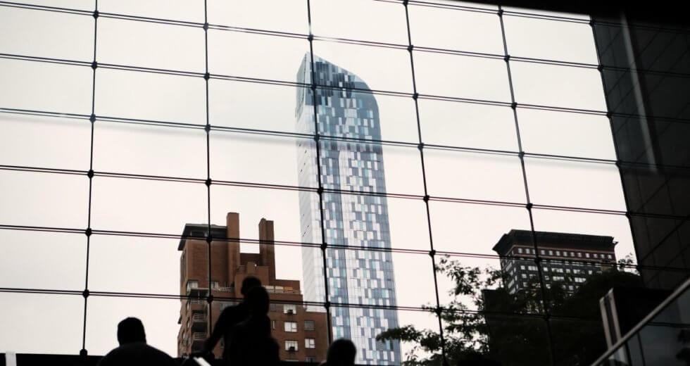 Artisan vitrier 75 : pourquoi confier ses travaux à un professionnel ?